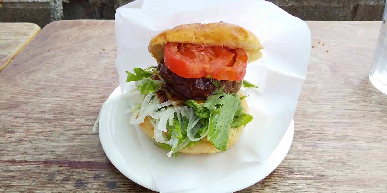 小豆島こまめ食堂のオリーブ牛ハンバーグ